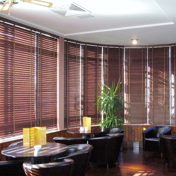 Restaurant and retail commercial blinds