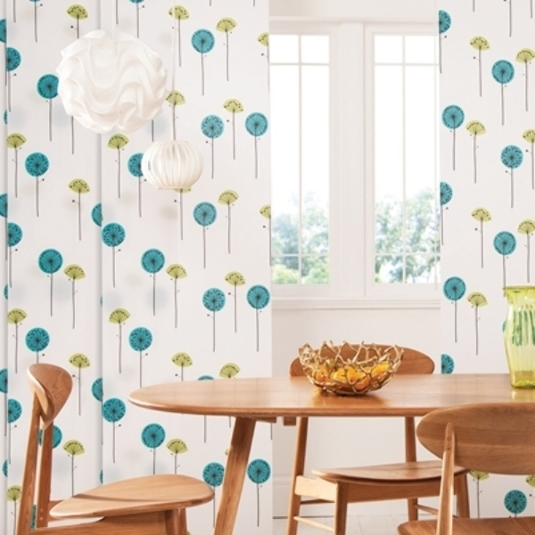 Panel blinds create a stunning backdrop